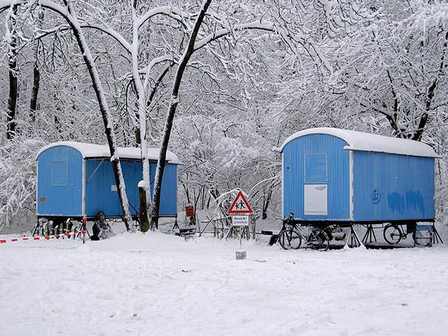 Bauwagen im Winter